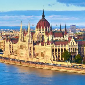 Budapest parliament kwadrat