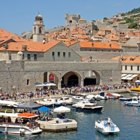 Croatia dubrovnik old port kwadrat