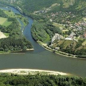 Danube-Oder-Elbe water corridor project gives way to smaller water canal project on Oder