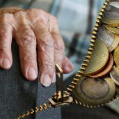 The end of the Bismarckian model of pensions