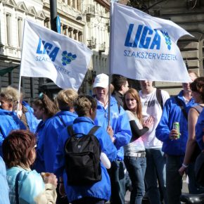 The Hungarian government problems with trade unions
