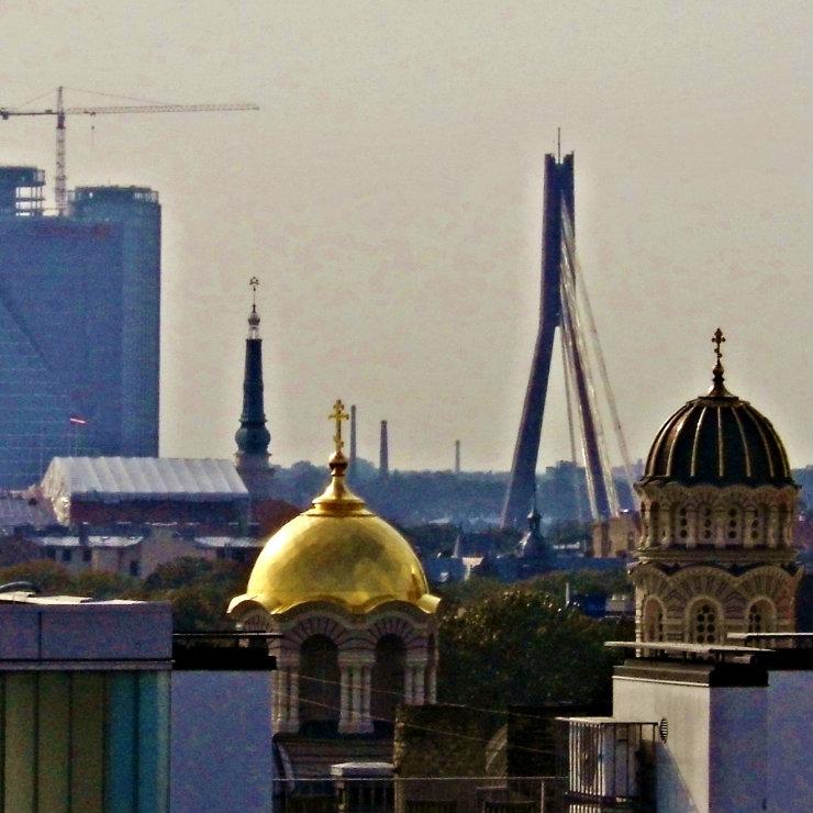 Latvian watchdog warns to cut budget expenses