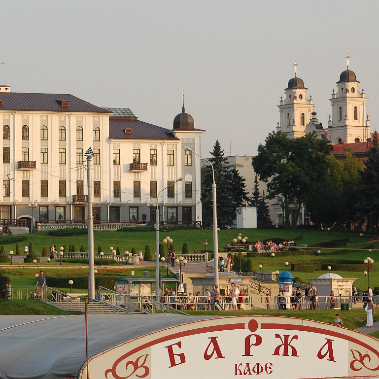 Belarus remains on Russian hook amid thaw in relations with EU