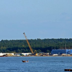 Poland and Norway revisit gas terminal and pipeline plans