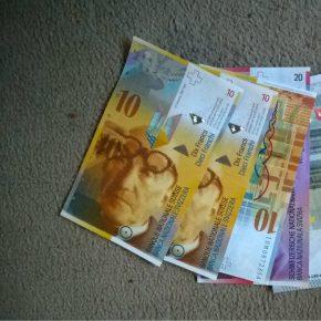 Swiss francs3 kwadrat