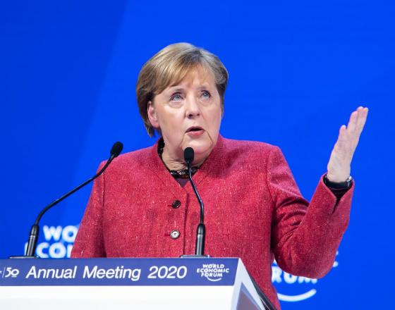 Davos: kapitalizm interesariuszy i przyszłość demokracji