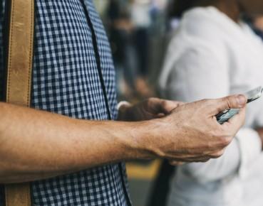 Gen X smartphone MAIN