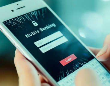 Online banking and Millennials' internet life