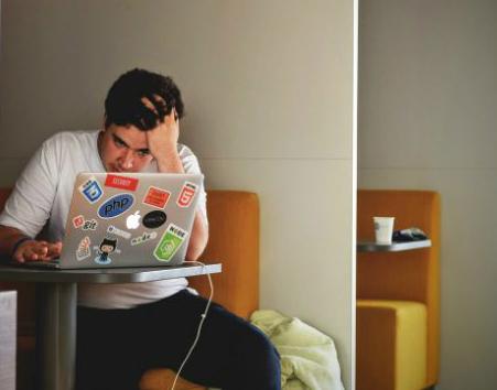 Praca z domu – rozwiązanie awaryjne czy nowy standard?