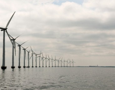 Offshore wind and solar power as Poland's emerging energy mix