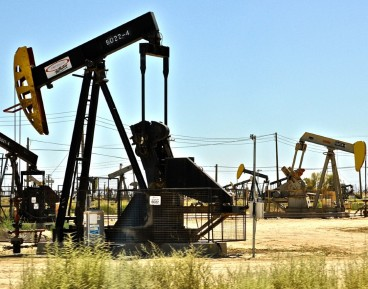 Trajectories of oil price crush