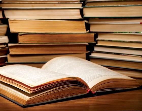 Czego nie przeczytamy w podręcznikach ekonomii?
