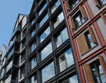 Poland's housing market rises, as do bubble fears