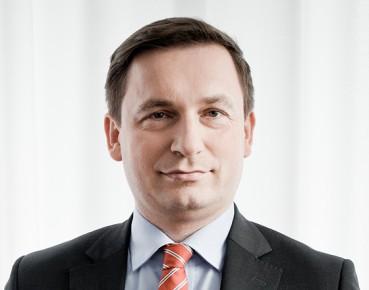 Łukasz Hardt z RPP: polityka pieniężna potrzebuje ostrożnej normalizacji, odejście CPI od celu nie jest czasowe / PAP