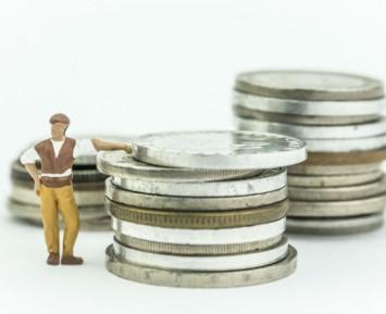Jak oczekiwania inflacyjne wpływają na decyzje gospodarstw domowych?