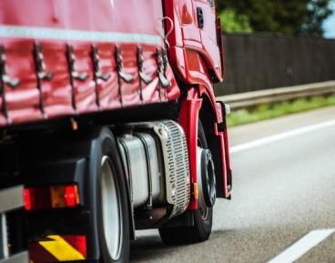 Autonomiczne ciężarówki wyjeżdżają na drogi