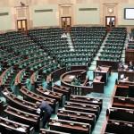 Polish parliament accepts national minimum wage