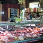 Kremlin considers easing food embargo