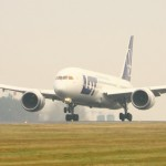 Polish airlines LOT will talk with Russia re: Siberian overflights